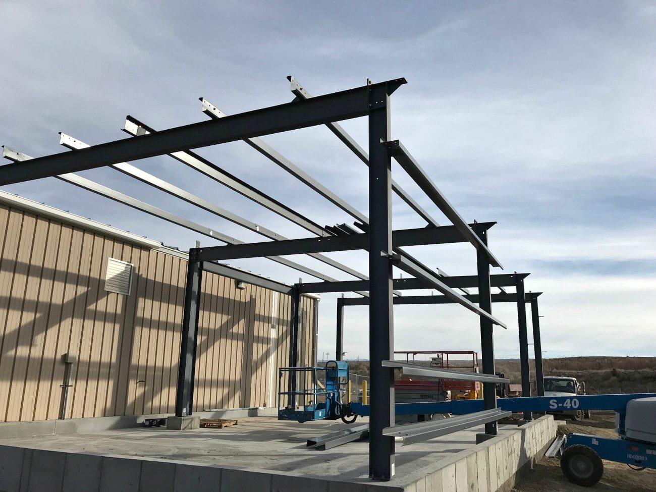 Erecting Steel Beams For Metal Building Additionmerritt